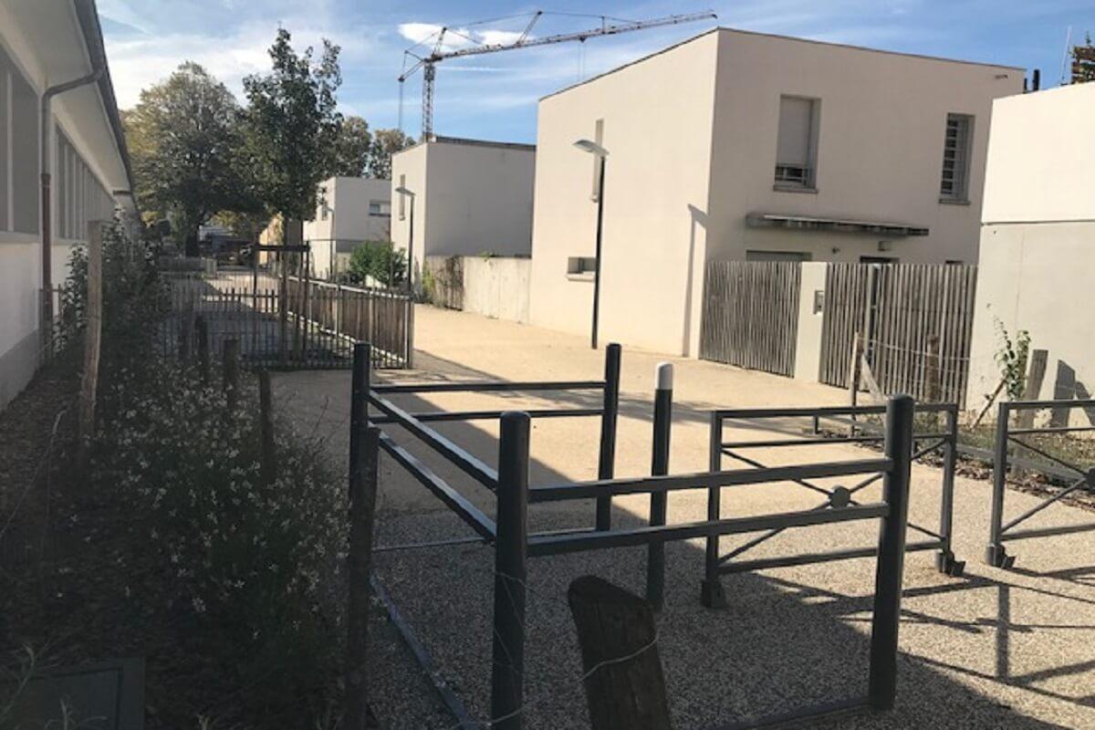 GRENOBLE ZAC chatelet réalisation allée piétonne