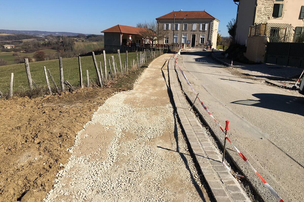 MONTAGNE Aménagement village réseau et réfection trottoirs