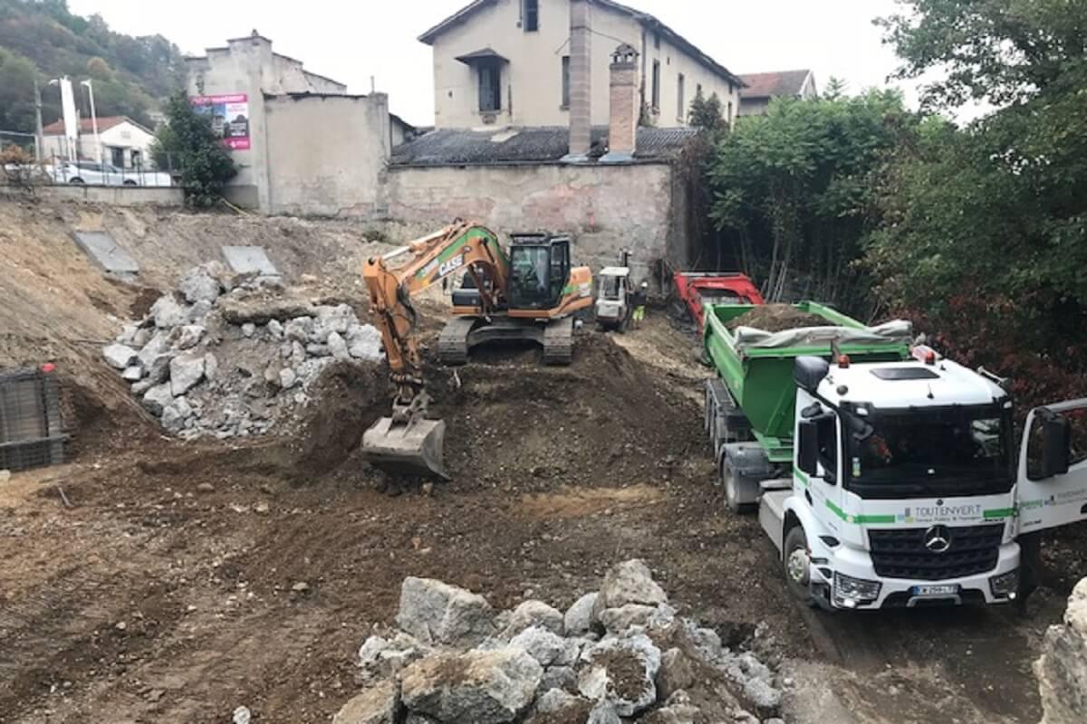 TULLINS Phyllae démolition mur soutènement