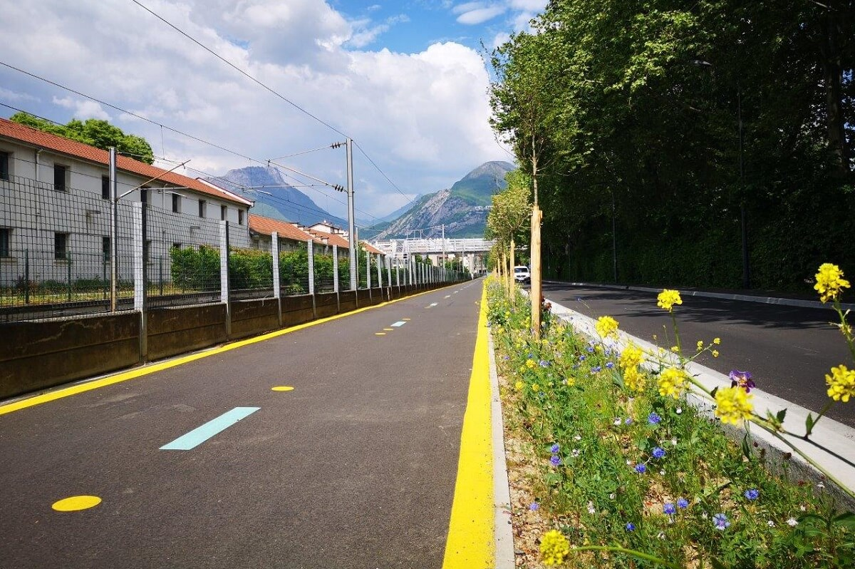 GRENOBLE Requalification rue Gal Mangin Espaces verts
