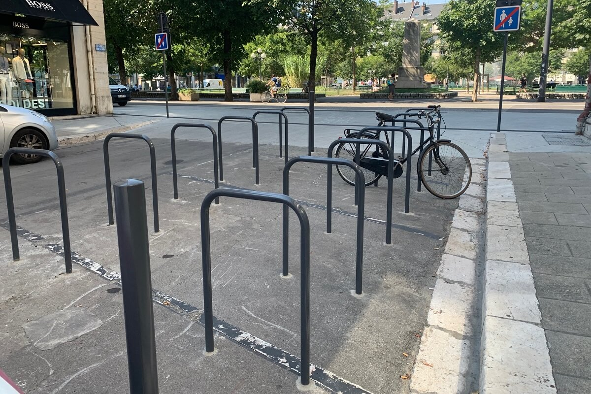 Grenoble pose arceaux vélo