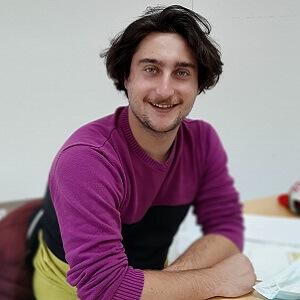Adrien TRECANI Assistant chargé d'études